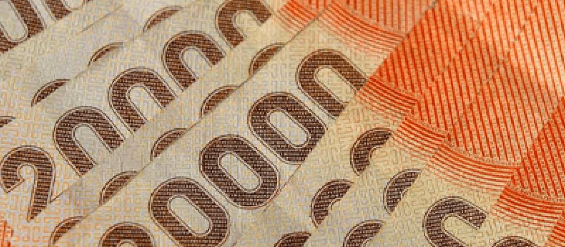 55-de-los-chilenos-retirarian-fondos-de-la-afp-por-tercera-vez-para-invertir-o-pagar-deudas